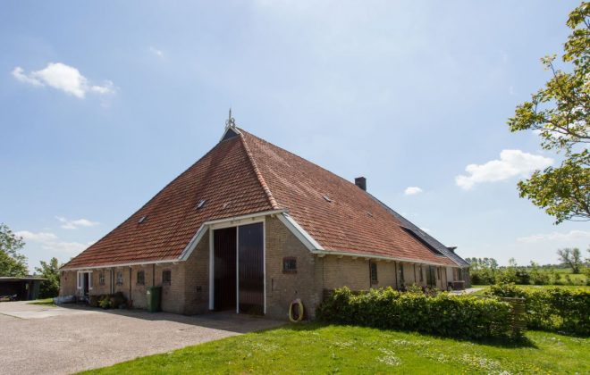 renovatie_dak_boerderij_na_achter