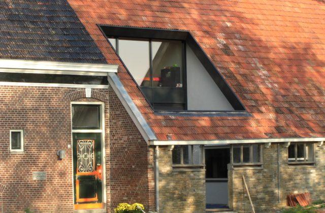 renovatie_dak_boerderij_na_zijkant